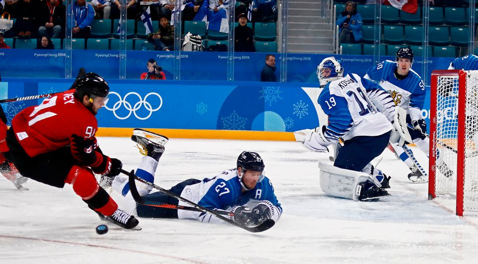 Canada loses women's Olympic hockey final 3-2 in shootout to Americans