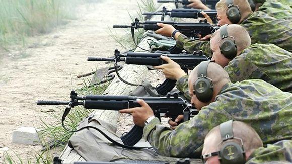 Armeija Hiukset