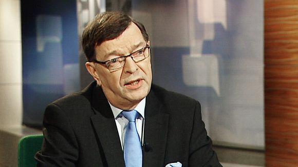 Paavo Väyrynen TV1:n Ykkösaamun vieraana 3. joulukuuta 2011.