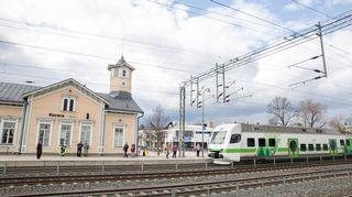 Keravan juna-asema.