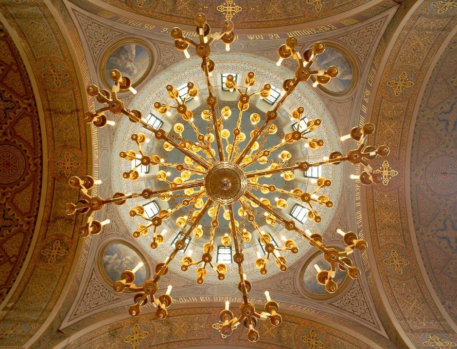 Uspenskin katedraali keskuskupoli remontti