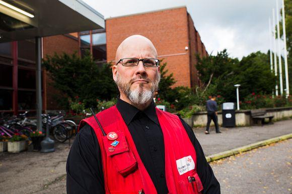 Evitskogin vastaanottokeskuksen johtaja Pekka Sinisalo.