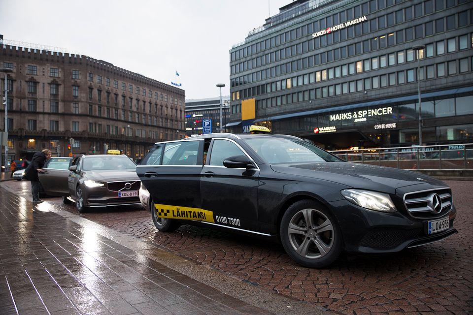 Helsinki taxi service looking for buyer | Yle Uutiset | yle.fi