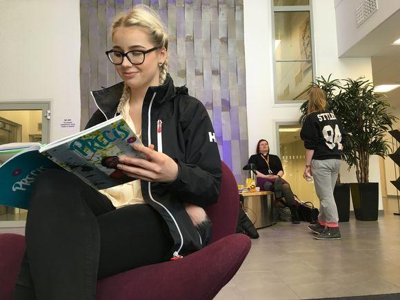 Janina Hirvonen aikoo kirjoittaa ruotsin ensi syksynä
