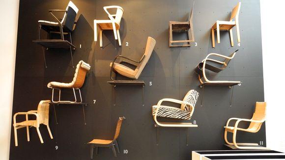 Alvar Aallon tuoleja museossa.