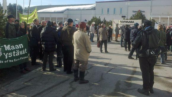 Mielenosoitus Talvivaaran kaivosta vastaan