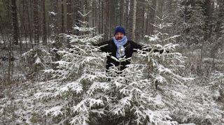 Raul Valiente viihtyy vapaa-ajallaan metsässä