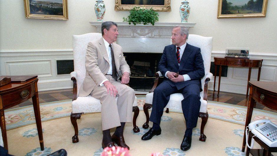 Ronald Reagan ja Oleg Gordijevski