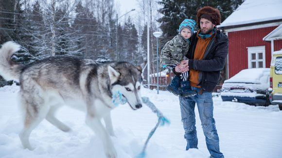 Juha Järvinen, Aamos Järvinen ja Usva-koira.