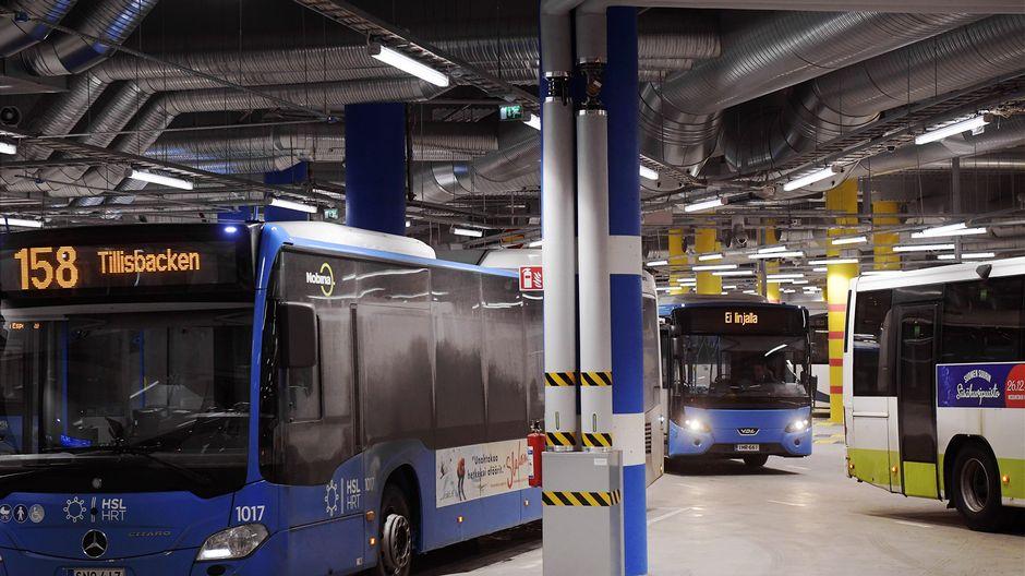 В пятницу в Хельсинки не будет работать общественный транспорт из-за забастовки против «модели ...