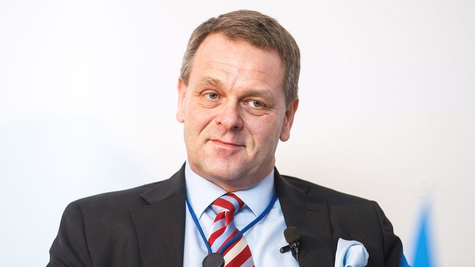 jan vapaavuori finnish minister Minister of economic affairs is the so-called first minister in the ministry of employment and the economy the minister is responsible for both industrial and innovation issues, energy policy as a whole as well as the development of regions.