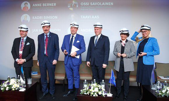 Jan Vapaavuori, Taavi Aas, Ossi Savolainen, Andre Sepp, Anne Berner ja Kadri Simson.