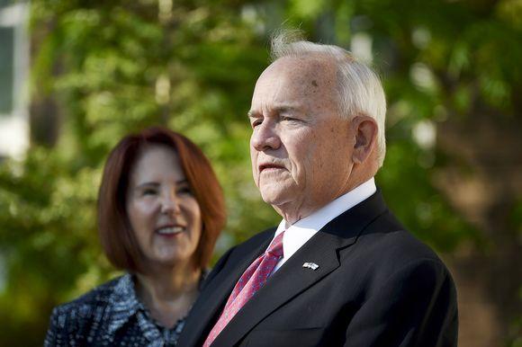 Yhdysvaltain uusi suurlähettiläs Robert Pence esittäytyi medialle Helsingissä 21. toukokuuta
