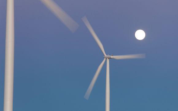 tuulivoimala ja kuutamo