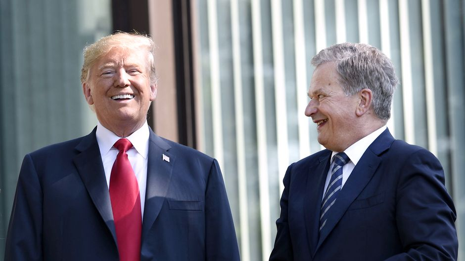 Donald Trump Sauli Niinistö kuvattuna Mäntyniemessä.