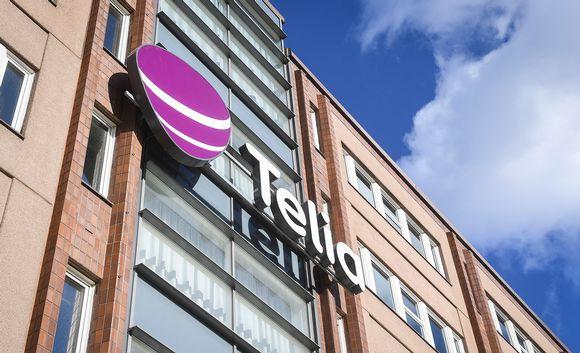 Telian logo talon seinässä