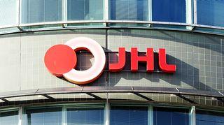 JHL:n logo talon seinässä