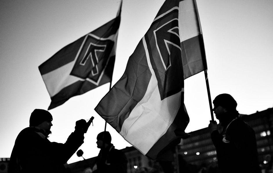 Pohjoismaisen vastarintaliikkeen kulkue Hakaniemessä 2016.