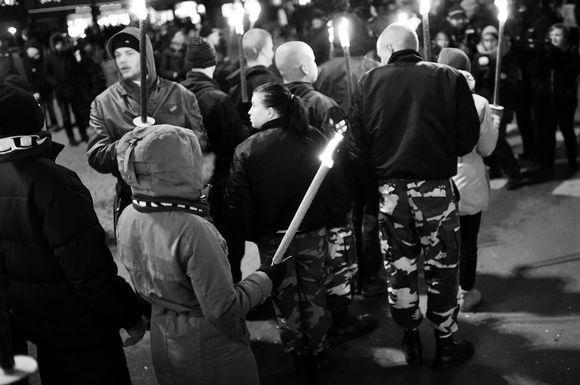 Soihtukulkue Töölöntorilla itsenäisyyspäivänä 2016.