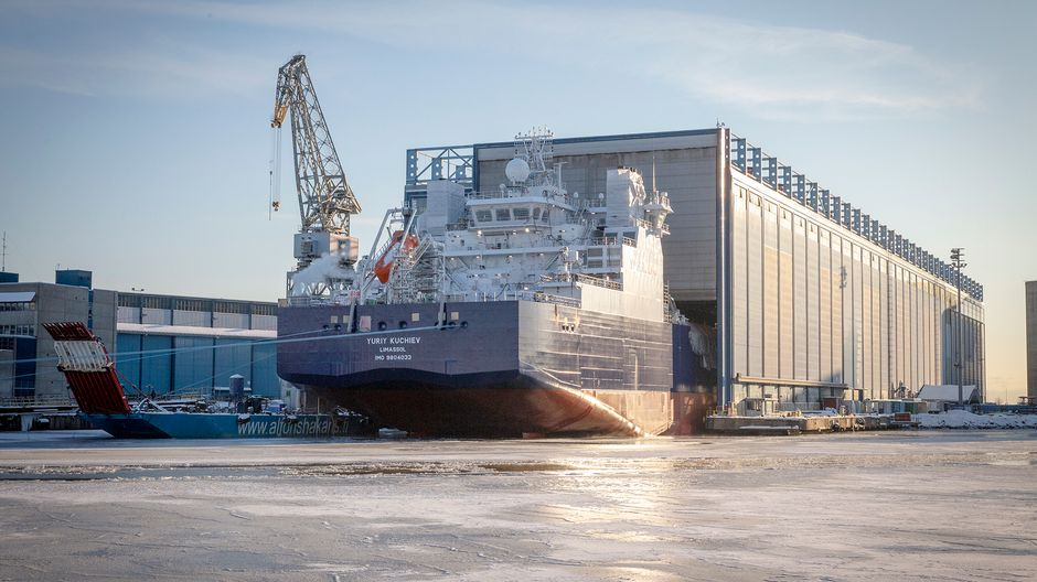 Yuriy Kuchiev -niminen alus valmistuu Helsingin telakalla.