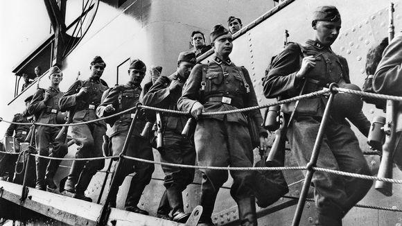 Vapaaehtoisia SS-miehiä palaamassa Suomeen.