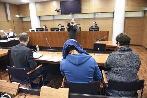 Kolmevuotiaan lapsensa murhasta syytetty isä murhan käsittelyssä Helsingin hovioikeudessa 26. maaliskuuta.