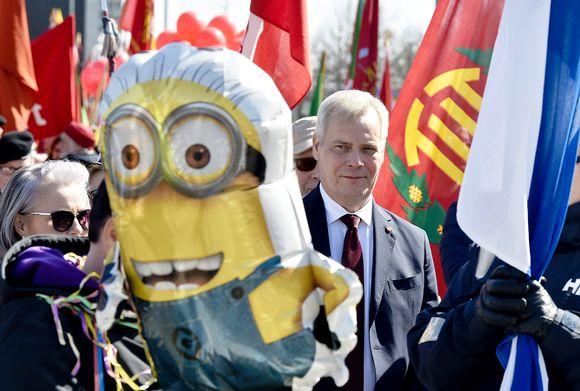 SDP:n puheenjohtaja Antti Rinne osallistui Helsingin Työväen vappujuhlan marssiin Hakaniemestä Rautatientorille vappupäivänä.