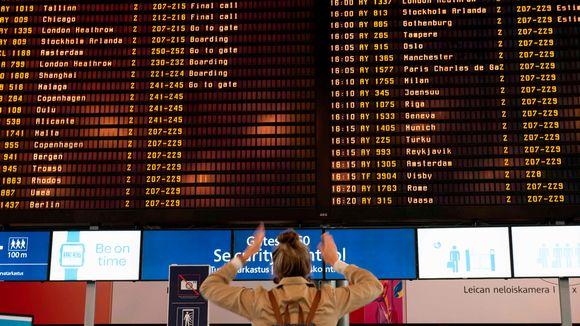 Kesäkuun kiireisimpänä vuorokautena Helsinki-Vantaalla oli 74 000 lentomatkustajaa.