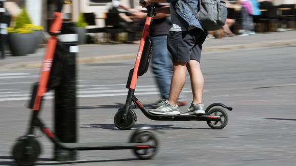 Cities wary of e-scooter risks, prioritise bike schemes