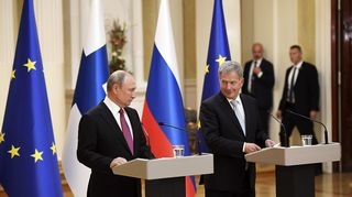 Presidentit Putin ja Niinistö tiedotustilaisuudessa Presidentinlinnassa.