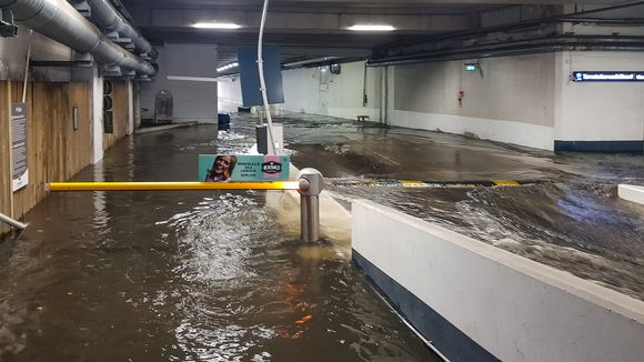 Rautatieaseman alla tulvi 23. elokuuta.