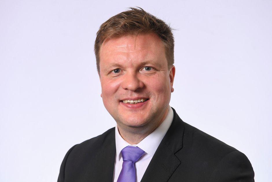 Kansanedustaja Ville Skinnari, SDP.
