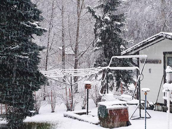 Lumisadetta Heinolassa.