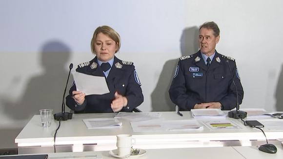 Poliisin tiedotustilaisuus.