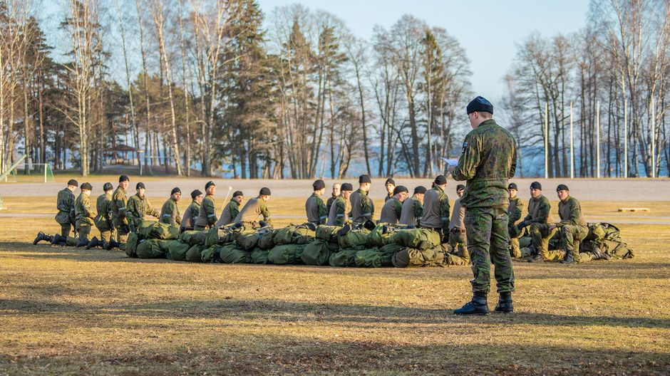 Paper: Defence Forces to stage spring exercises despite coronavirus crisis