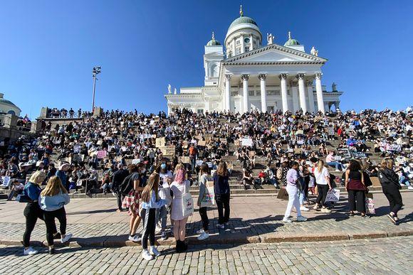 Helsingin Senaatintorilla järjestään rasismia vastustava mielenosoitus tänään kello 17 alkaen