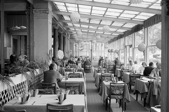 Kuvassa on ravintola Kappeli vuonna 1973.
