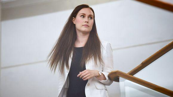 Pääministeri Sanna Marin saapumassa suuren valiokunnan kuultavaksi Pikkuparlamenttiin Helsingissä 16. heinäkuuta.