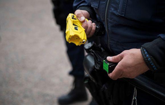 Poliisin etälamautin.