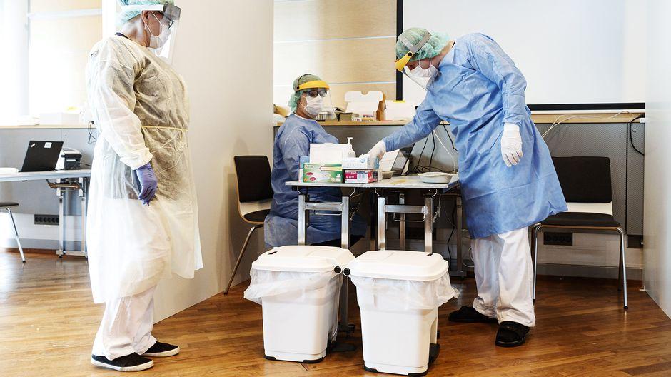 Coronavirus latest: Turku urges mask usage, 81 exposed at party in Estonia, some passengers refuse testing at Helsinki Airport