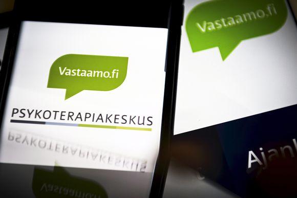 Kuvassa Vastaamon logoja kuvattuna yrityksen nettisivuilta ja somekanavista.