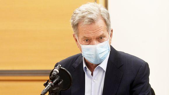 Tasavallan presidentti Sauli Niinistö vastasi kysymyksiin ja keskusteli kuuntelijoiden kanssa Tasavallan presidentin kyselytunnilla.