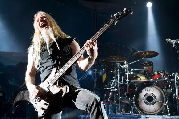 """Disillusioned"" bassist Hietala leaving metal band ..."