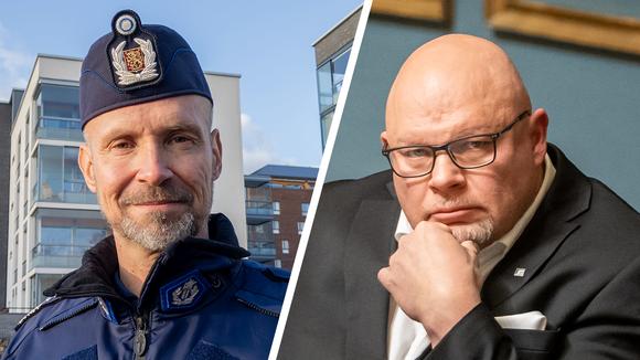 Vasemmalla ylikomisario Jari Taponen, oikealla kansanedustaja Ano Turtiainen.