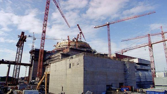 Olkiluodon 3-reaktori rakenteilla vuonna 2010.