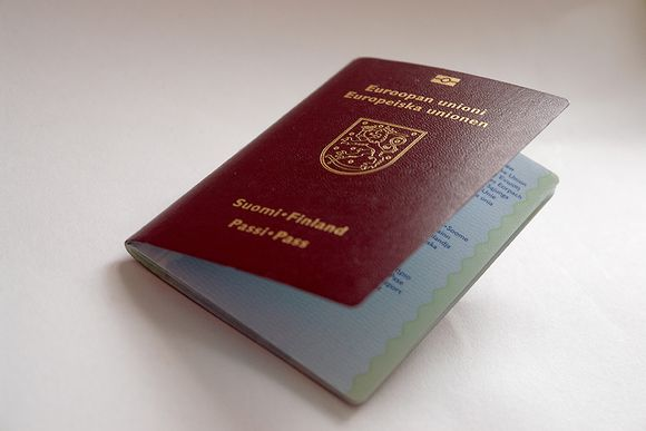 Decline in foreign citizens receiving Finnish nationality