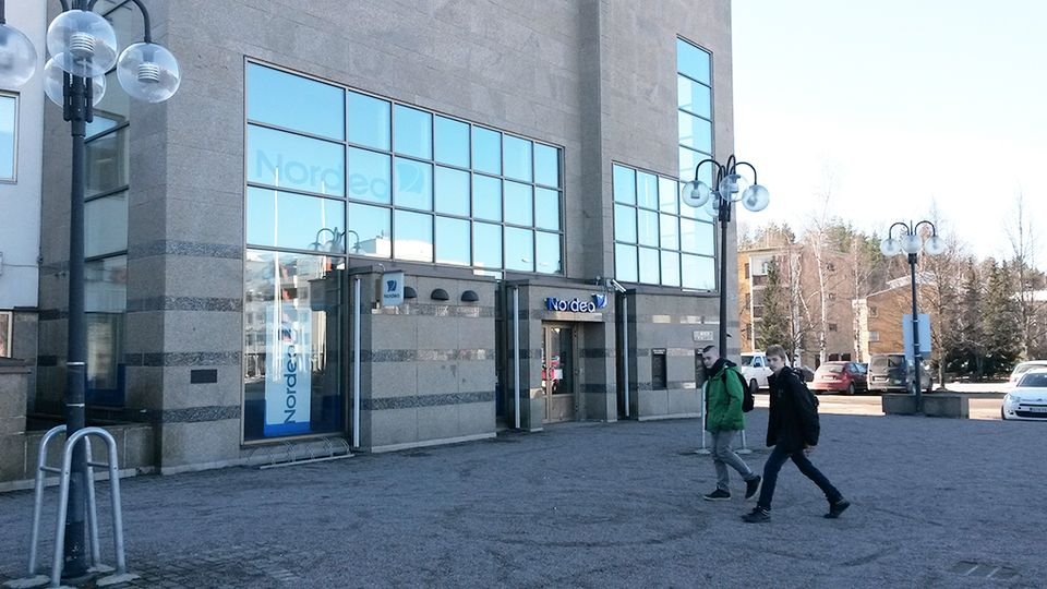 В местечке Клауккала ограбили банк Nordea | Yle Uutiset | yle.fi