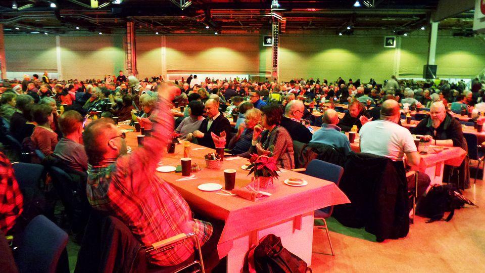 hursti joulu 2018 Christmas charity dinner caters to some 2,000 guests | Yle Uutiset  hursti joulu 2018
