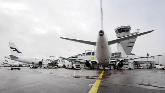 Lentokoneita Helsinki-Vantaan lentokentällä Vantaalla.