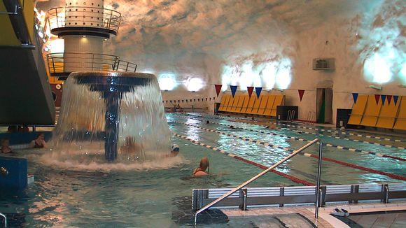 Itäkeskuksen uimahalli.